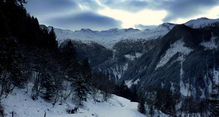 Mountains Huttschlag